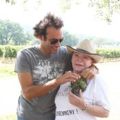 Régine et Anthony Delon : Ils ne se lâchent pas la grappe !