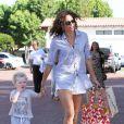 Minnie Driver et son fils Henry, à Malibu, le 26 juin 2011.