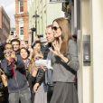 La délicieuse Angelina Jolie sortant d'un studio de production à Londres le 8 septembre 2011