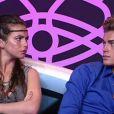 Juliette et Geoffrey sont sur le point de découvrir le privilège dont ils vont hériter (prime time Secret Story du vendredi 9 septembre 2011).
