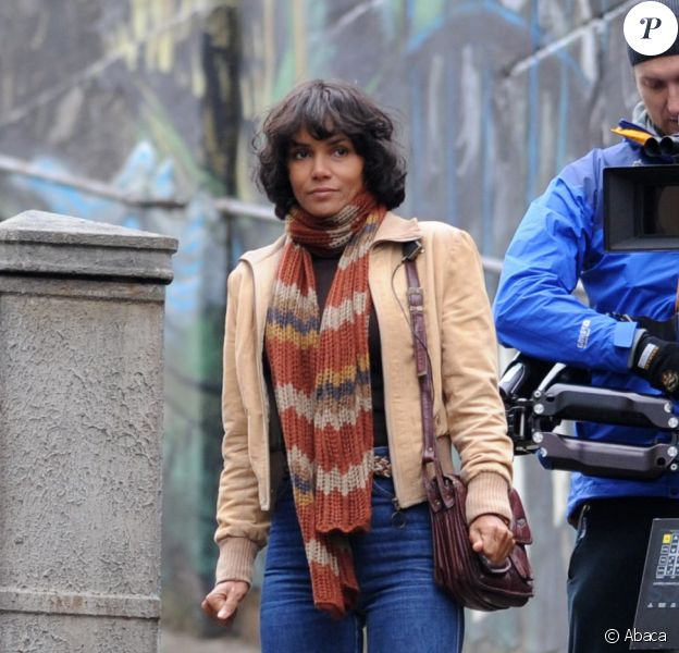 L'actrice Halle Berry en plein tournage du film Cloud Atlas le 15 septembre 2011 à Glasgow