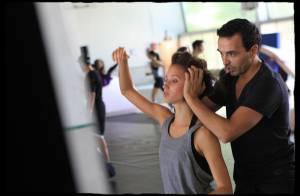 Dracula : Kamel Ouali répète avec toute sa troupe avant le grand jour