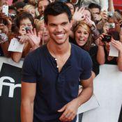 """Taylor Lautner, de passage à Paris : Vous avez dit """"hystérie"""" ?"""