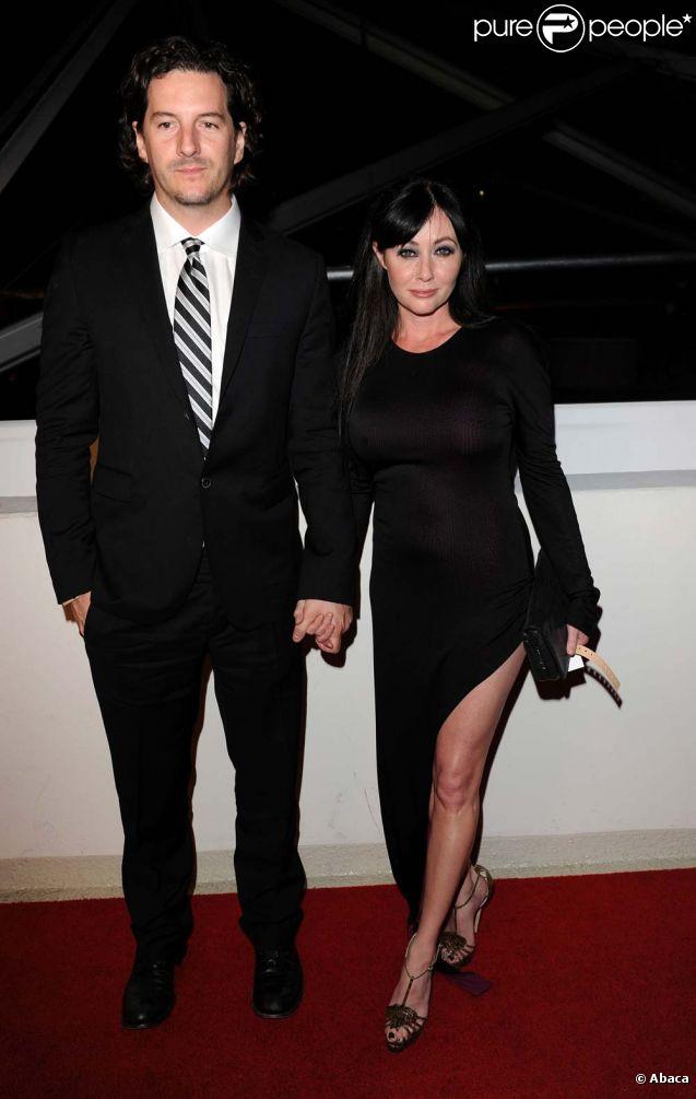Shannen Doherty et son fiancé Kurt Iswarienko, à Los Angeles, le 16 janvier 2011.