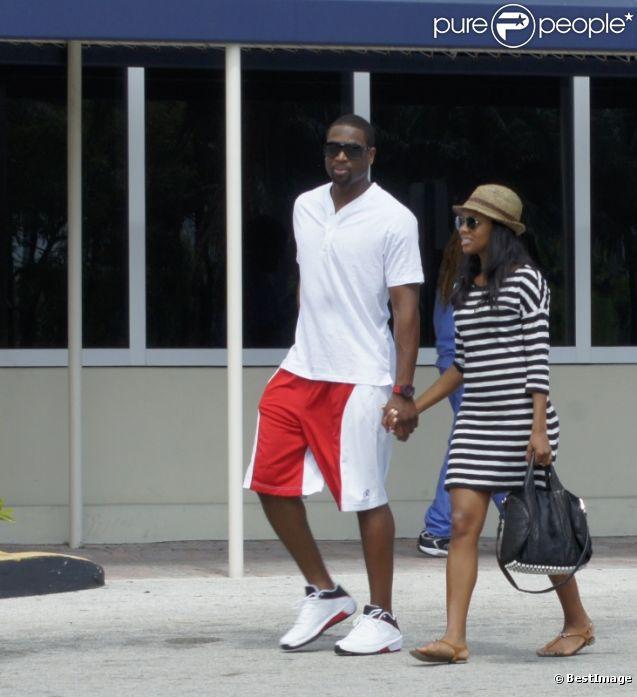 Dwyane Wade et sa compagne Gabrielle Union le 22 septembre 2011 à Miami