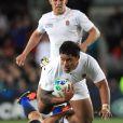 Malgré sa puissance, Manui Tuilagi n'aura pu porter les Anglais vers la victoire, le 8 octobre 2011 face aux Français