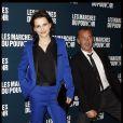 Juliette Binoche et Christophe Dechavanne à la projection des Marches du pouvoir, le 18 octobre 2011.
