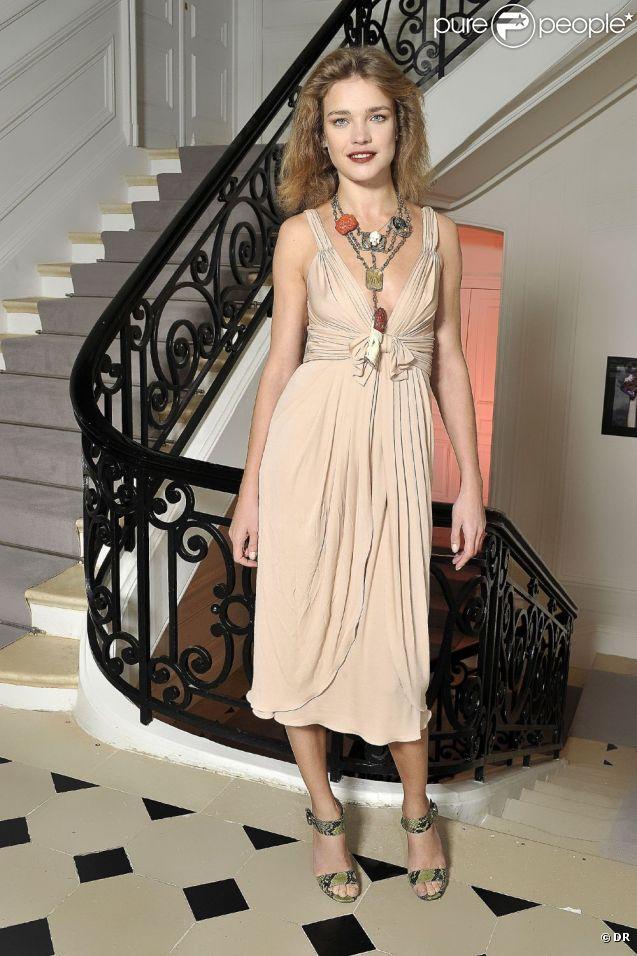 Natalia Vodianova lors du dîner Dior en l'honneur de l'artiste Anselm  Reyle. Paris, le 20 octobre 2011