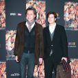 Patrick de Carolis et son fils lors de l'avant-première du film La Source des femmes à Paris le 24 octobre 2011