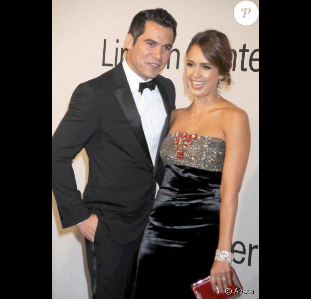 Cash Warren et sa délicieuse épouse Jessica Alba lors de la soirée Evening with Ralph Lauren le 24 octobre 2011 à New York.