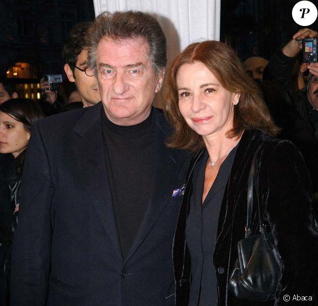 Eddy Mitchell et son épouse Muriel, à Paris, le 28 mars 2006.