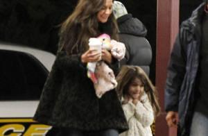 Katie Holmes et son adorable Suri bravent le froid pour Tom Cruise, leur héros