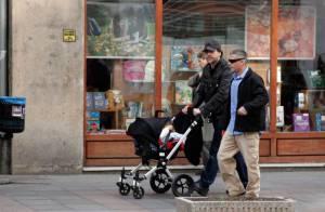 Javier Bardem : Papa poule attentionné envers sa petite merveille Leo