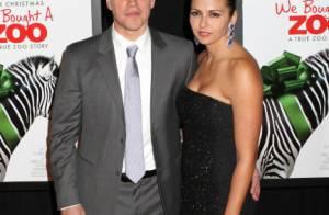 Matt Damon retrouve petit à petit ses cheveux au bras de sa ravissante Luciana