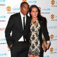 """Ashley Young et sa compagne lors du gala """"United for Unicef"""" le 12 décembre 2011 à Old Trafford à Manchester"""