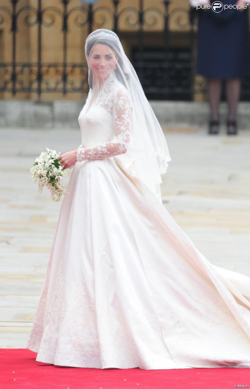 La robe de mari e de kate middleton r alis e par sarah for Robes de mariage de juin