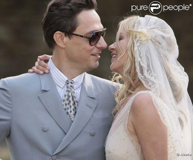 Du mariage de kate moss au feuilleton galliano revivez l for Robe de mariage de kate moss tomber