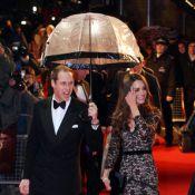 Catherine, en dentelle sous la pluie avec le prince William et Steven Spielberg