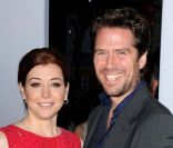 Alyson Hanningan et Alexis Denisof aux People's Choice Awards à Los Angeles, le 11 janvier 2012.