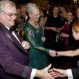 Adepte du bleu, la reine s'est mise au vert pour le grand soir de son jubilé.   Dîner de gala à la salle de concert de Copenhague dans le cadre du jubilé des 40 ans de règne de la reine Margrethe II, samedi 14 janvier 2012. 1500 convives de marque étaient invités.