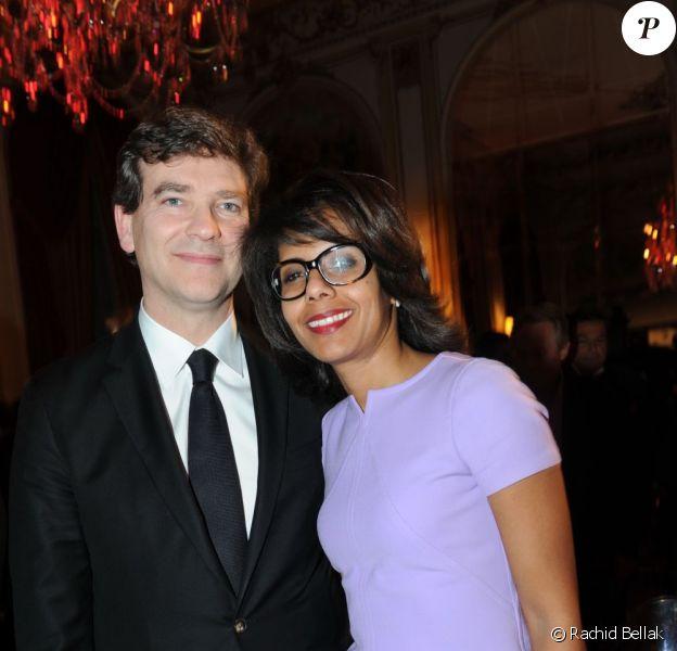 Arnaud Montebourg et Audrey Pulvar complices lors de la soirée GQ des hommes de l'année 2011 au Ritz à Paris