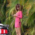 Rihanna, sublime en rose, durant ses quelques jours de vacances à Hawaï le 16 janvier 2012