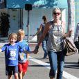 Sharon Stone avec ses enfants Laird et Quinn à Los Angeles en octobre 2011