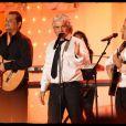 Daniel Guichard en duo avec Chico & les Gypsies lors de l'enregistrement de l'émission Vivement Dimanche, diffusée dimanche 29 janvier 2012 sur France 2