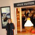 """La grande Catherine Deneuve lors de l'inauguration de la  """"Maison Rome Étoile"""", nouvelle boutique Louis Vuitton à Rome, le 27  janvier 2012"""