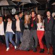 La troupe de 1789 sur le tapis rouge des 13e NRJ Music Awards, le 28 janvier 2012 à Cannes. Malgré une météo peu clémente et quelques gouttes, les invitées de l'événement ont offert un spectaculaire défilé.