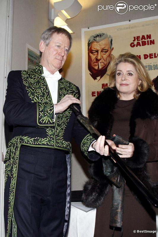 L'installation du cinéaste et producteur Régis Wargnier, 63 ans, mercredi 1er février 2012 à l'Académie des Beaux-Arts. Régis Wargnier et Catherine Deneuve