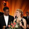 Denzel Washington et Scarlett Johansson lors des Golden Cameras Awards à Berlin le 4 février 2012