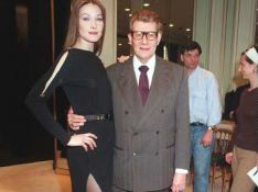 PHOTOS : Quand Carla Bruni défilait pour Yves Saint Laurent...