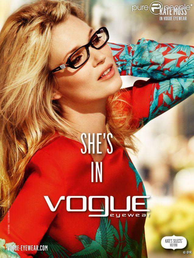 Kate Moss, égérie vivante pour Vogue Eyewear et sa collection printemps-été 2012.
