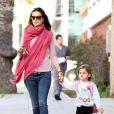 Photos exclusives : Alessandra Ambrosio va chercher sa fillette Anja à l'école de 14 février 2012