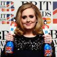 Adele a reçu le trophée de la Meilleure artiste féminine britannique mais aussi celui du Meilleur Album de l'année aux Brit Awards. 21 février 2012