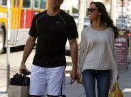 Jesse Metcalfe et sa fiancée Cara Santana, en toute décontraction sous le soleil
