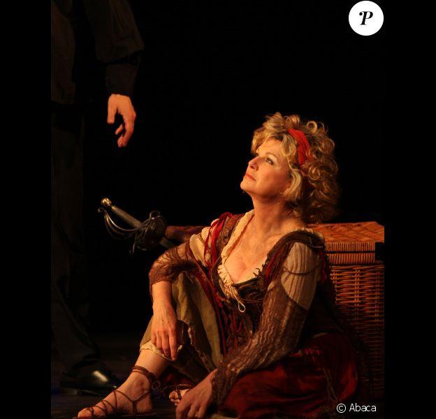 Jeane Manson lors de la générale de la pièce L'homme de la Mancha, au Théâtre des Variétés, le 19 mars 2012