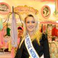 Miss Prestige National lors de l'avant-première de la Foire du trône, à Paris, le 6 avril 2012