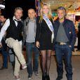 Anthony Kaplan, Allan Theo, Miss Prestige National et Farid Khider lors de l'avant-première de la Foire du trône, à Paris, le 6 avril 2012