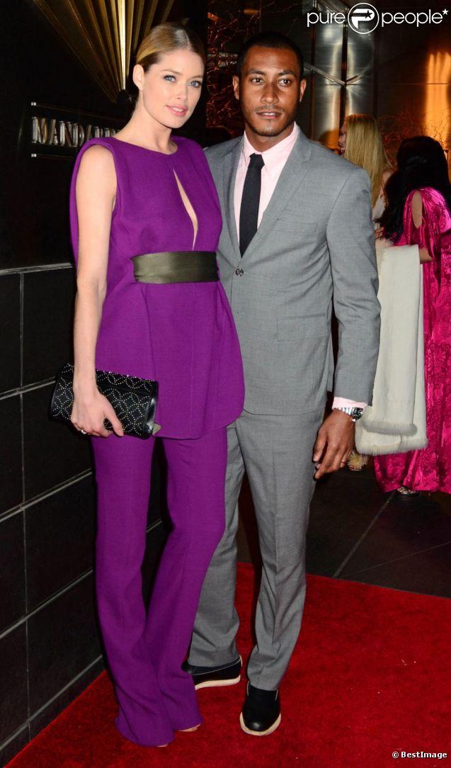 Doutzen Kroes et son époux Sunnery James lors d'un gala de charité new-yorkais au profit des enfants le 10 avril 2012