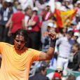 Rafael Nadal a largement dominé Novak Djokovicen finale du Masters 1000 de Monte-Carlo, le 22 avril 2012, devant le prince Albert et la princesse Charlene de Monaco, qui ont félicité les deux joueurs lors de la cérémonie de clôture.