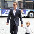 Scott Disick et son fils Mason à New York le 23 avril 2012