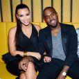 Kanye West et Kim Kardashian lors de l'ouverture du nouveau restaurant de Scott Disick à New York le 23 avril 2012