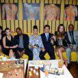 La famille Kardashian au complet lors de l'ouverture du nouveau restaurant de Scott Disick à New York le 23 avril 2012