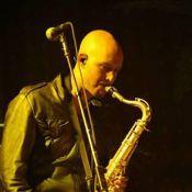 Thomas Marth : Suicide du saxophoniste de The Killers