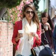 Jessica Alba se rend à son bureau à Santa Monica. Le 27 avril 2012.