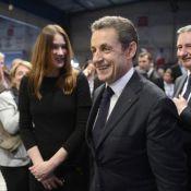 Carla Bruni : Attentive et souriante devant son Nicolas Sarkozy motivé