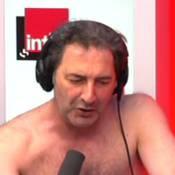 François Morel se déshabille et supplie François Hollande