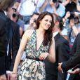 Kristen Stewart lors de la montée des marches de  Sur la route , le 23 mai 2012 au Festival de Cannes.